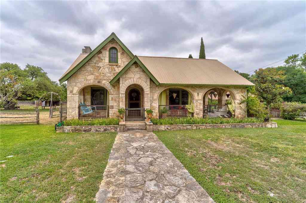 105 Creek RD, Dripping Springs, TX, 78620,