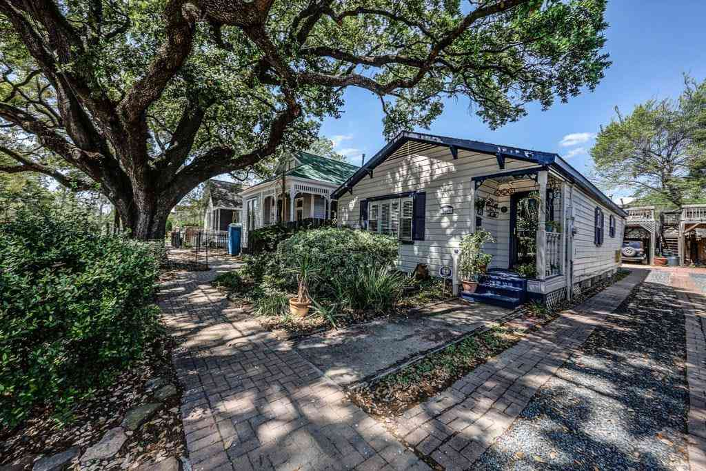 1806 Decatur Street, Houston, TX, 77007,