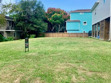 802 Forest Road, Clear Lake Shores, TX, 77565,