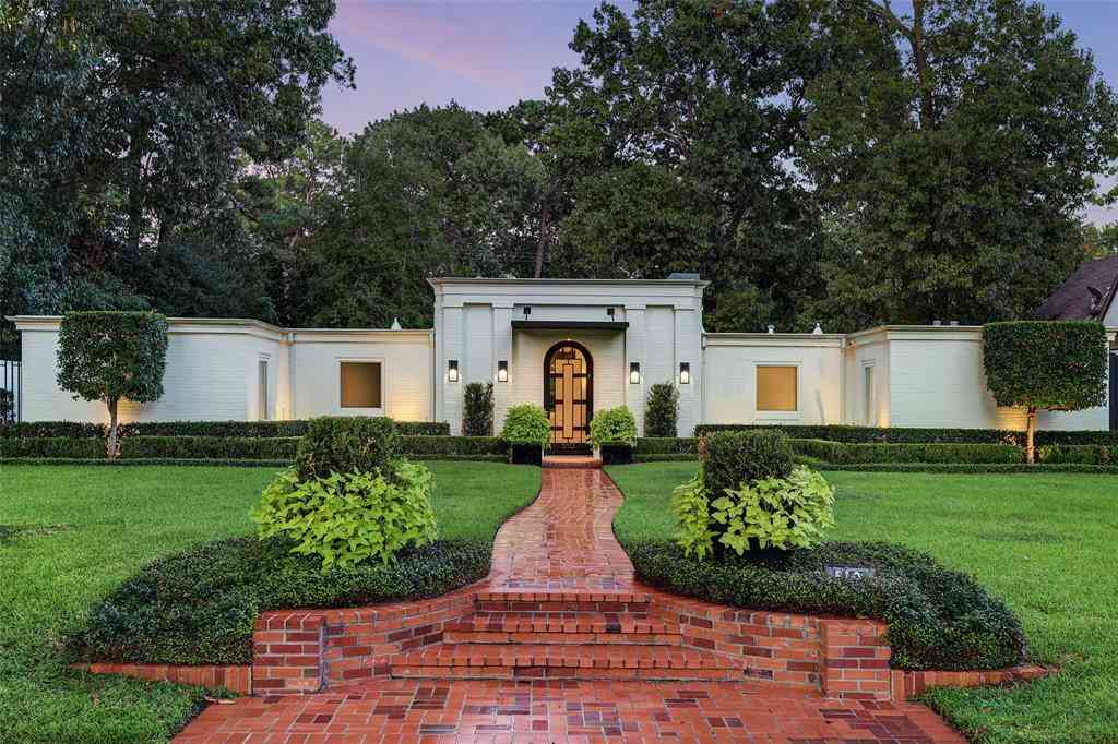 510 Westminster Drive, Houston, TX, 77024,