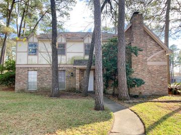 202 Castlewood Drive, Oak Ridge North, TX, 77386,