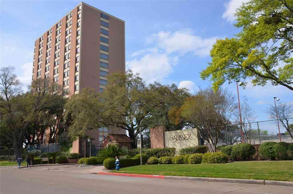 7510 Hornwood Drive #303, Houston, TX, 77036,