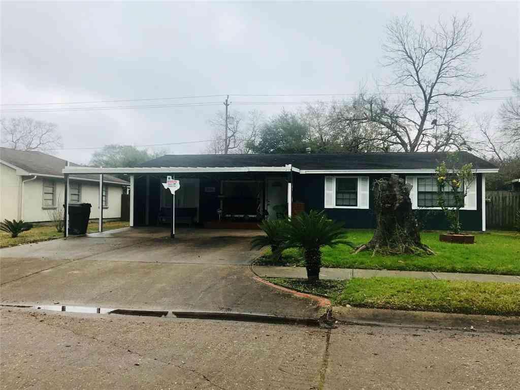 9818 Carmalee Street, Houston, TX, 77075,