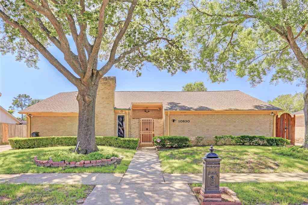 10830 Villa Lea Lane, Houston, TX, 77071,