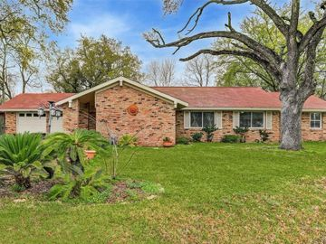 614 Meadowlawn Street, Shoreacres, TX, 77571,