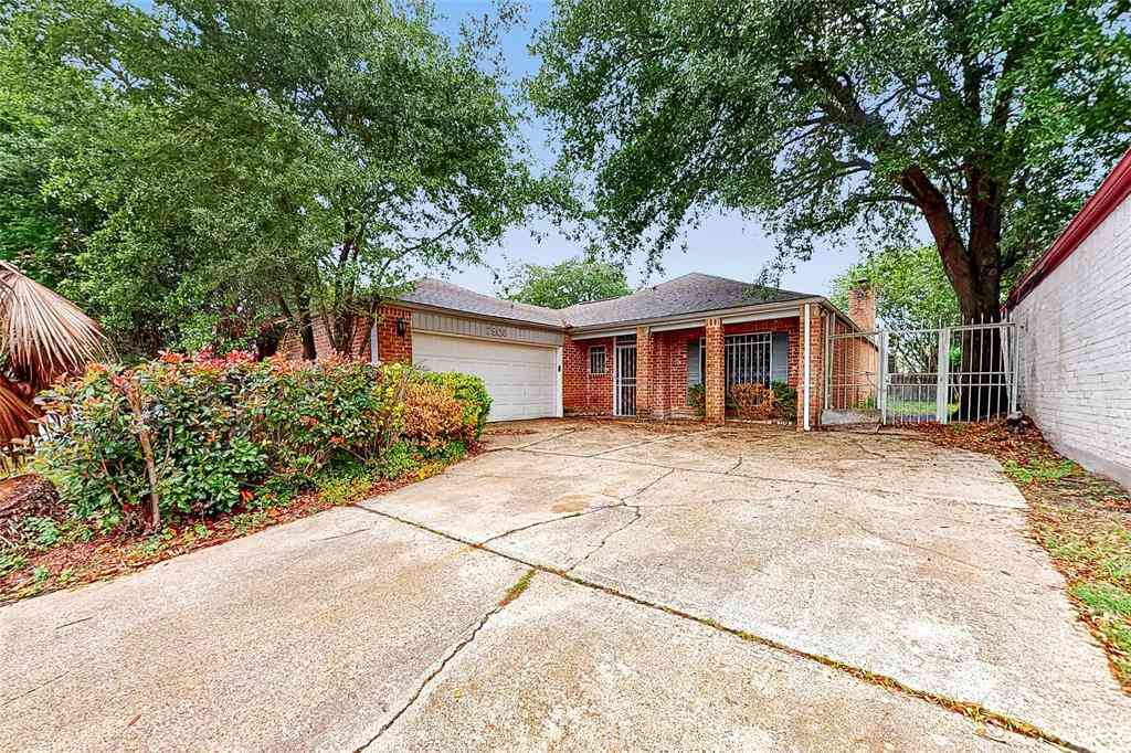 7806 Albin Lane, Houston, TX, 77071,
