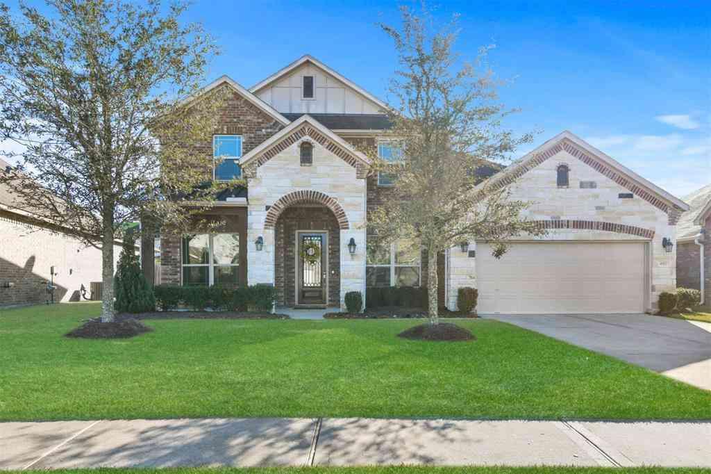 692 Cumberland Ridge Lane, League City, TX, 77573,