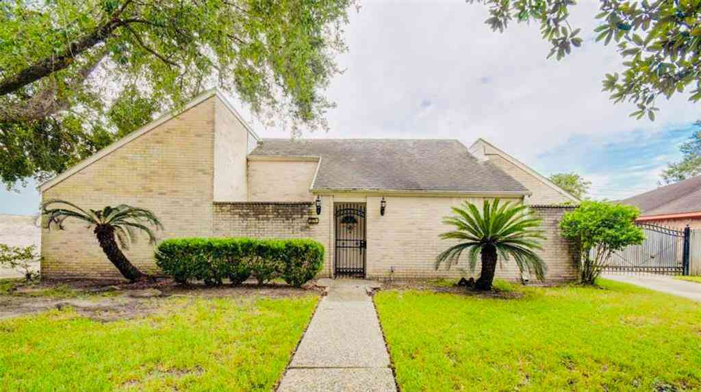 10718 Braes Forest Drive, Houston, TX, 77071,
