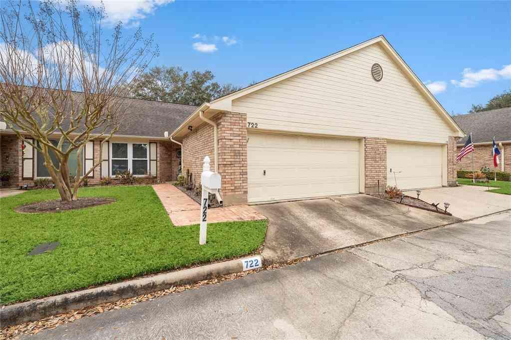 722 E Country Grove Circle, Pearland, TX, 77584,