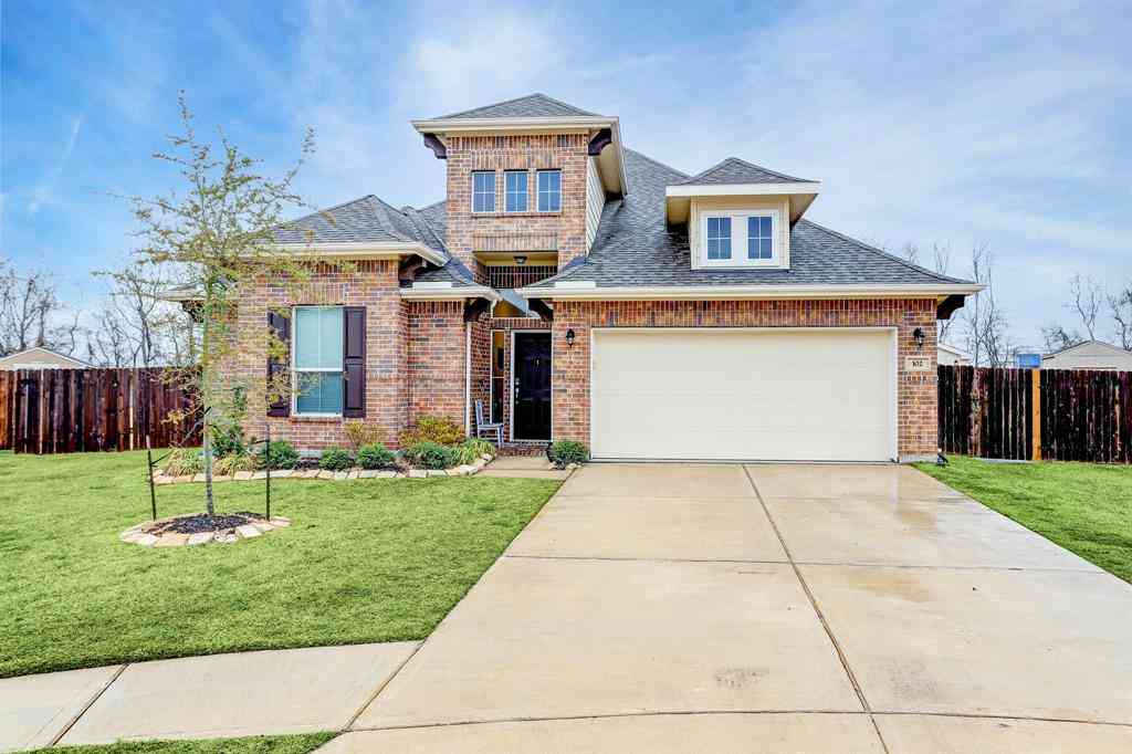 102 San Marcos Drive, Baytown, TX, 77523,