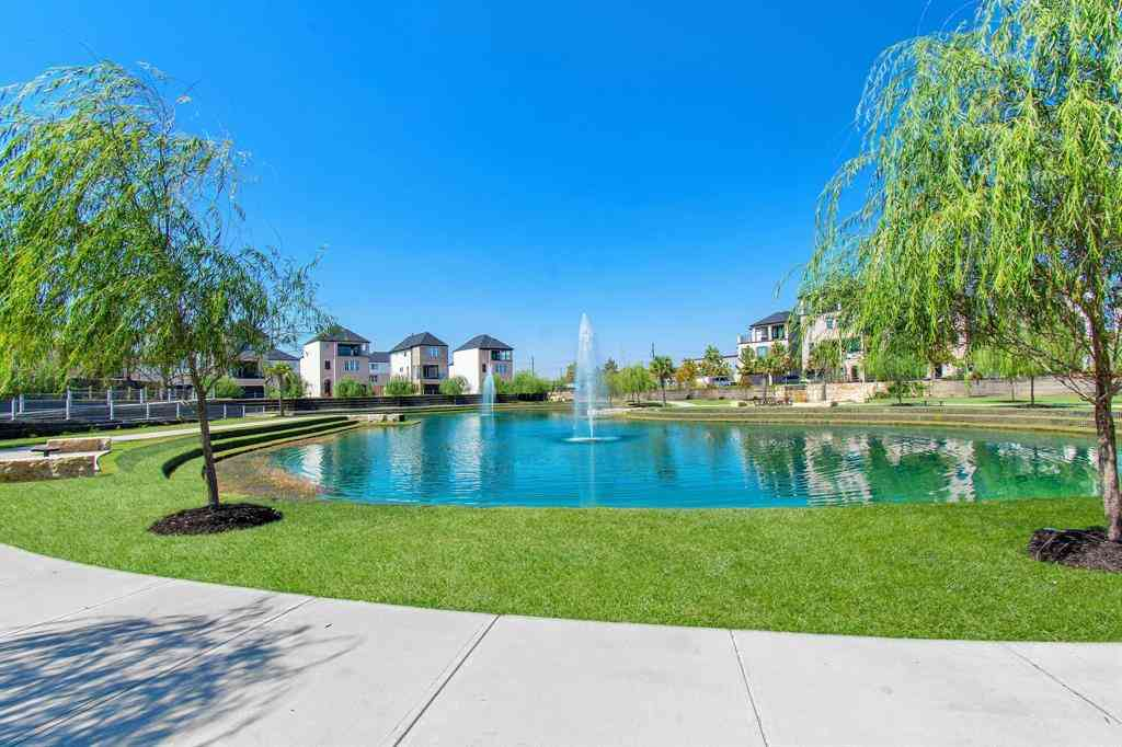 6131 Cottage Grove Lake Drive, Houston, TX, 77007,