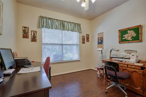 150 W Lilac Ridge Place