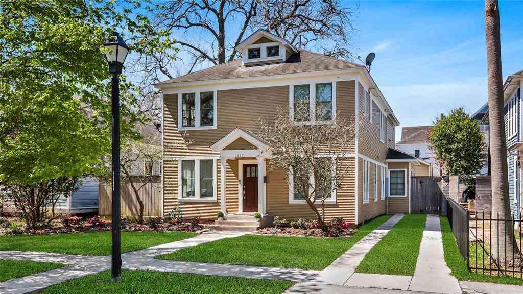 1237 Arlington Street, Houston, TX, 77008,