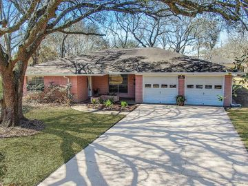 12810 Eiker Road, Pearland, TX, 77581,