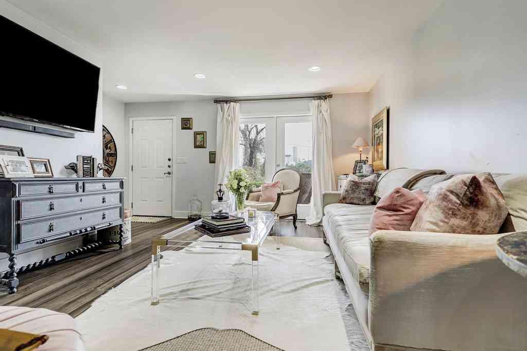 1860 White Oak Drive #365, Houston, TX, 77009,