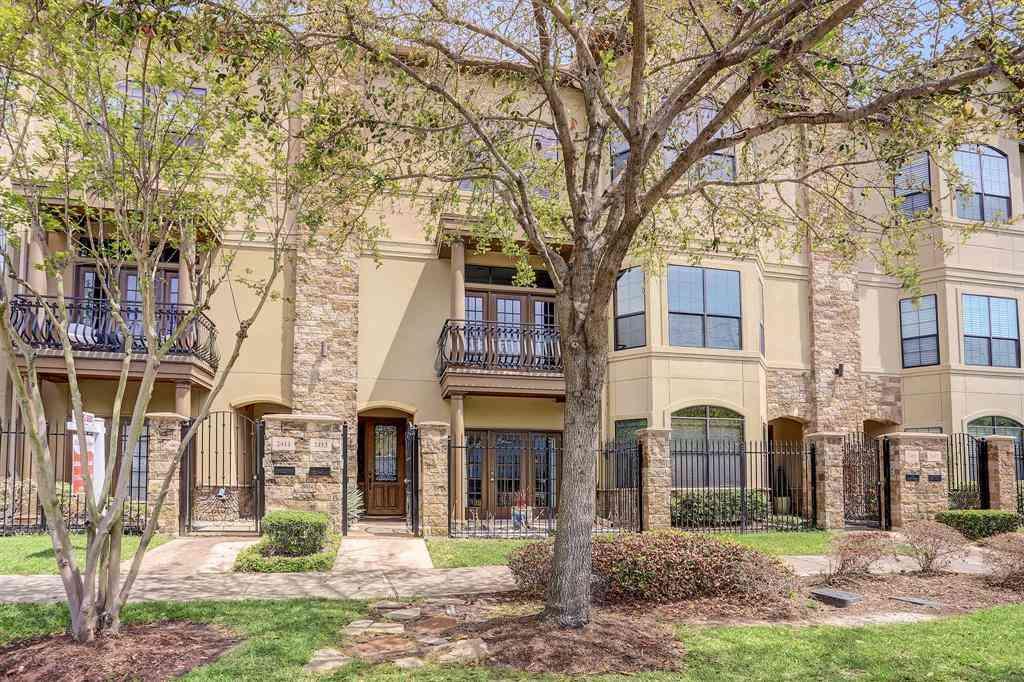 2413 Commonwealth Street, Houston, TX, 77006,
