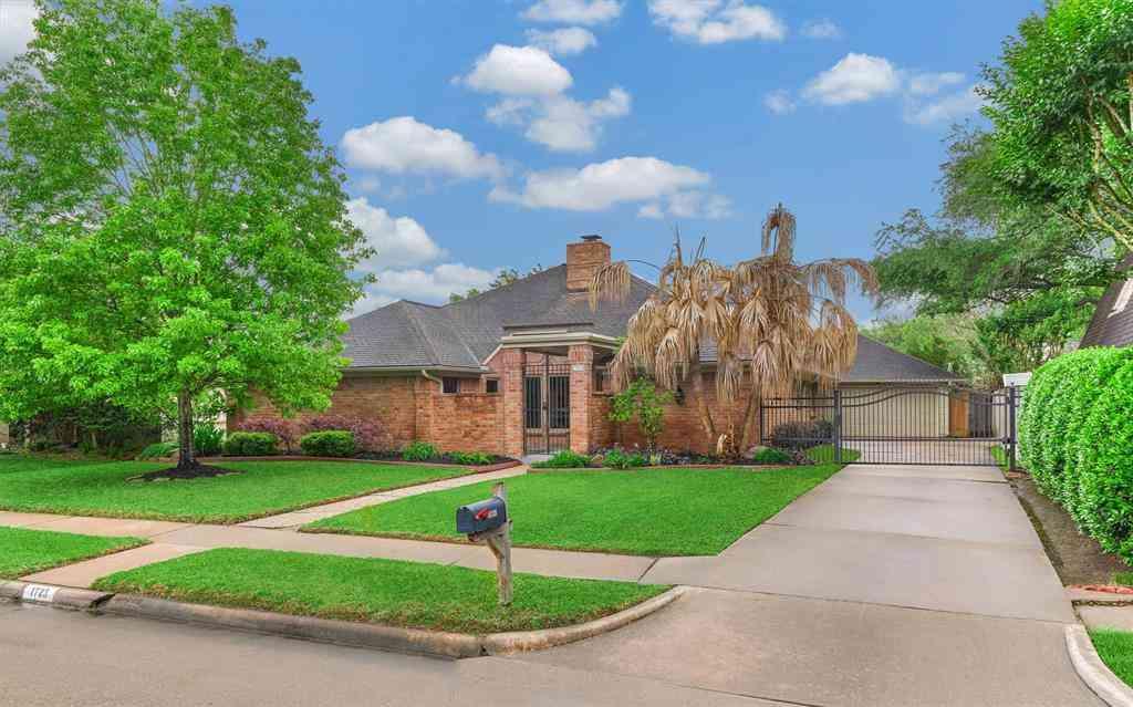 1723 Prairie Mark Lane, Houston, TX, 77077,