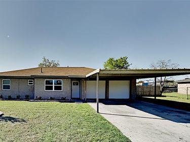 2506 Heather Street, Highlands, TX, 77562,