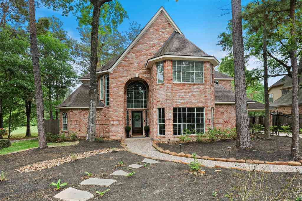 42 Golden Shadow Circle, The Woodlands, TX, 77381,