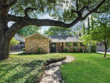 2501 Briarhurst Drive, Houston, TX, 77057,