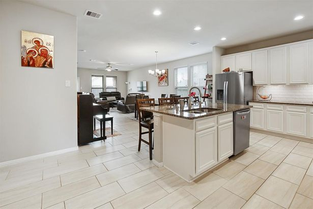 14118 N Wind Cave Court
