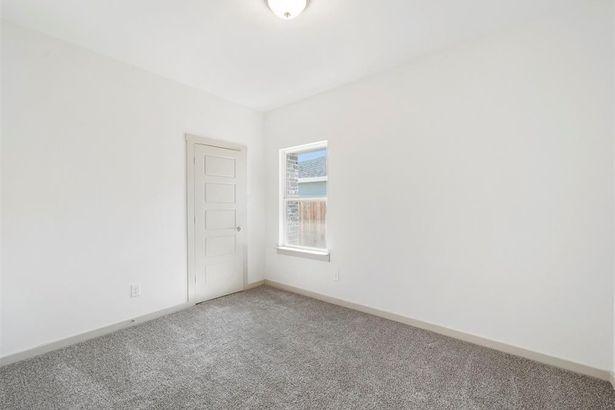 3004 Ludgate Hill Lane