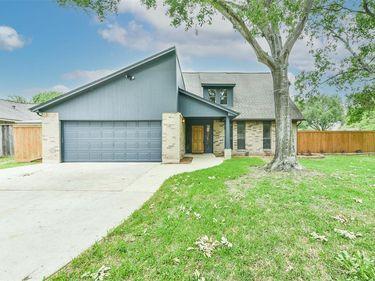 1105 Killarney Avenue, Friendswood, TX, 77546,