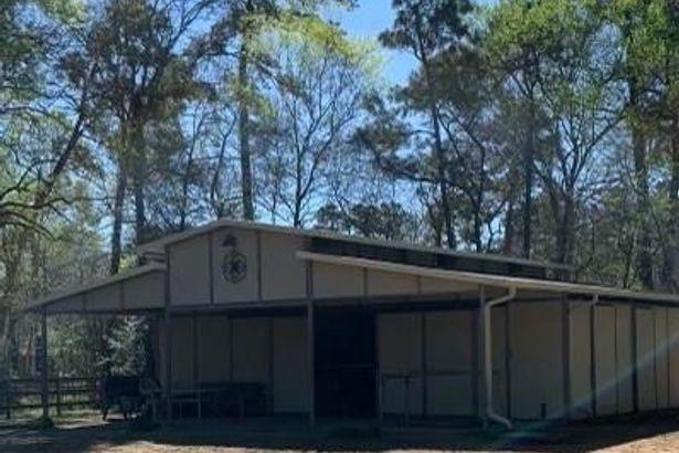 6221 Ranch Lake Drive