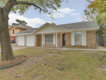 11006 Wood Shadows Drive, Houston, TX, 77013,