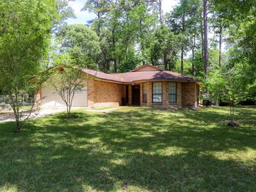 184 Maple Lane, Woodbranch, TX, 77357,