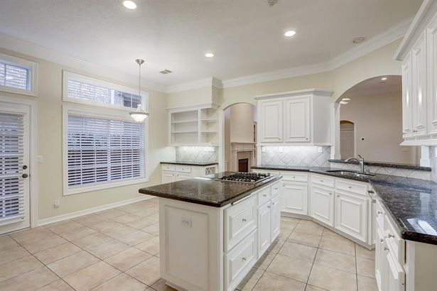 1302 Whispering Pines Drive