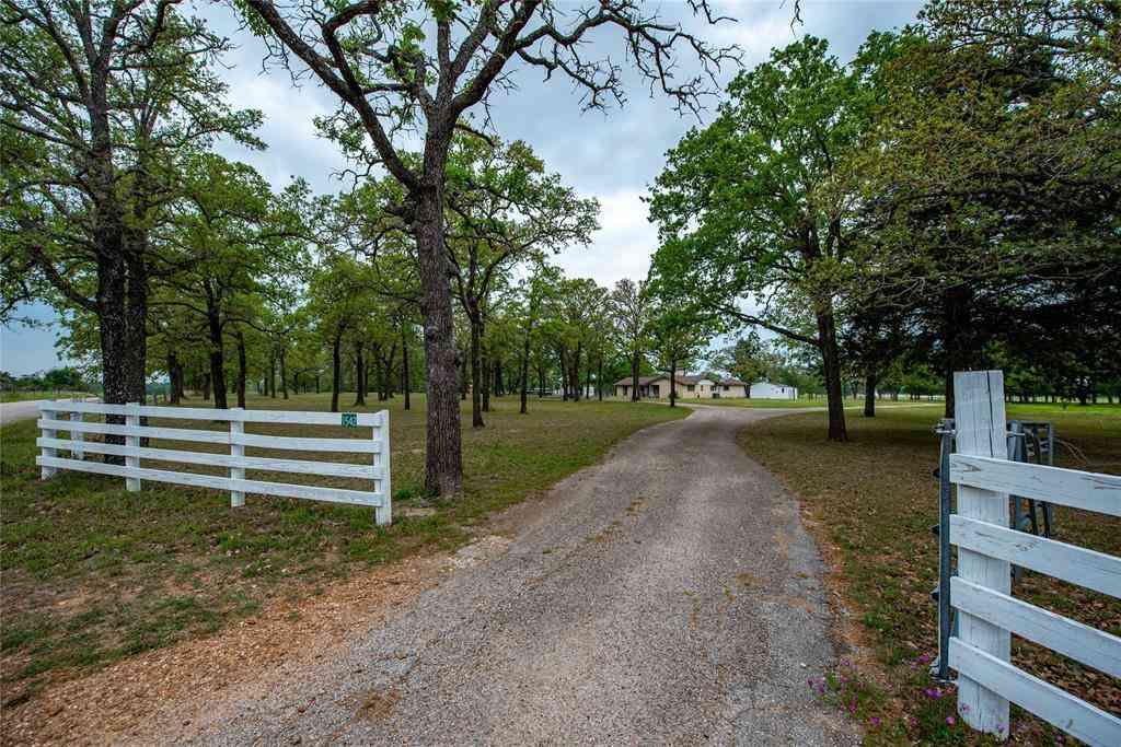 1542 County Road 113, Giddings, TX, 78942,