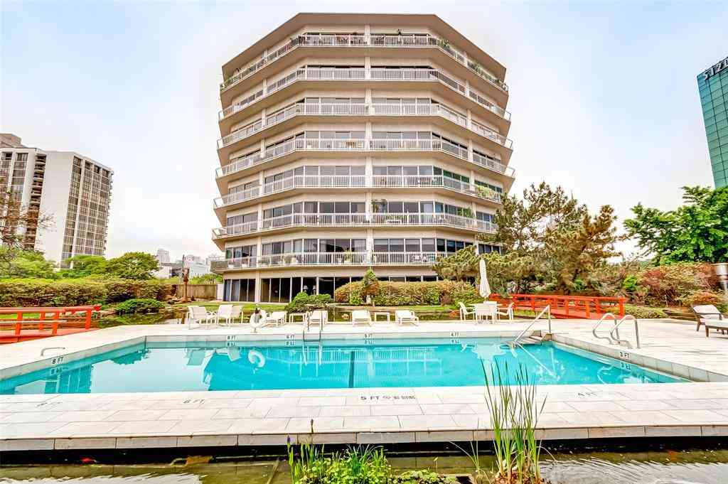 5050 Woodway Drive #7G, Houston, TX, 77056,