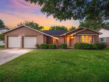 14015 Pinerock Lane, Houston, TX, 77079,