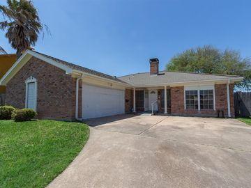 4 Legas Drive, Galveston, TX, 77551,