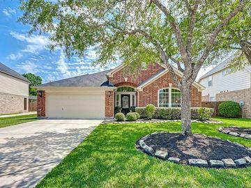 2435 Pioneer Oaks Drive, Fresno, TX, 77545,
