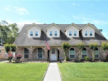 11907 Meadowdale, Meadows Place, TX, 77477,
