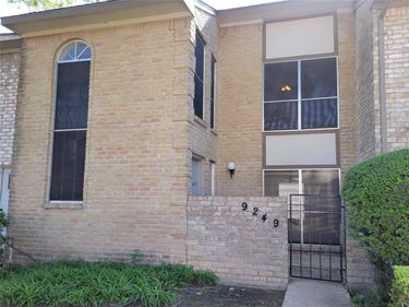 9249 Westwood Village Drive, Houston, TX, 77036,