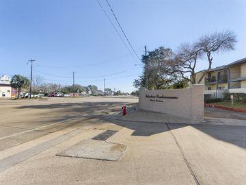 4001 Nasa Parkway #115, El Lago, TX, 77586,