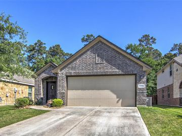 13535 Smith Lake Lane, Houston, TX, 77044,