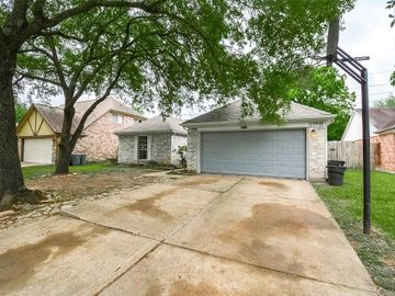 16314 Camino Del Sol Drive, Houston, TX, 77083,