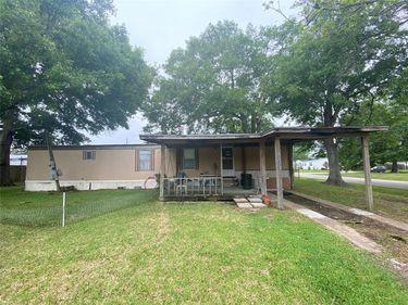 1109 Turley Court, Highlands, TX, 77562,