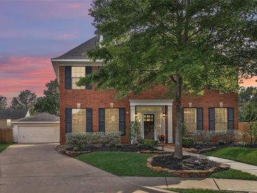 17115 Holly Falls  Ct Court, Houston, TX, 77095,