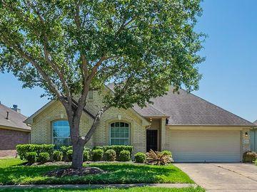 3923 Dogwood Bough Lane, Fresno, TX, 77545,