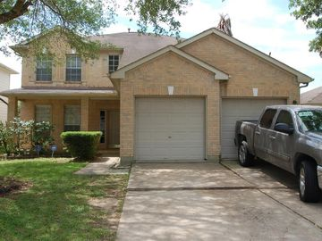 1715 Carriage Run Court, Fresno, TX, 77545,