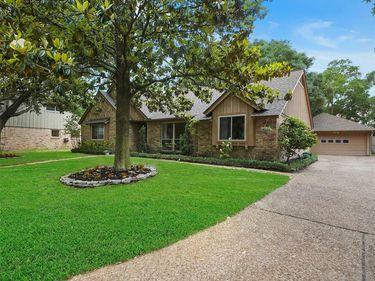 5015 Moss Hollow Court, Houston, TX, 77018,