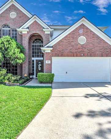 9506 Bending Willow Lane Houston, TX, 77064