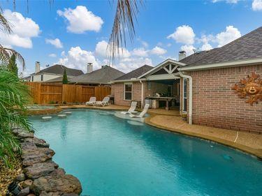 417 Laddingford Lane, League City, TX, 77573,