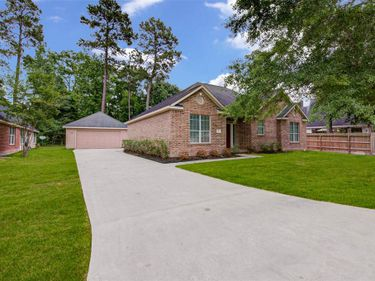 611 Spring Forest Drive, Conroe, TX, 77302,