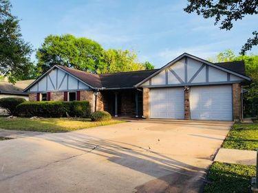 5119 Shady Oaks Lane, Friendswood, TX, 77546,